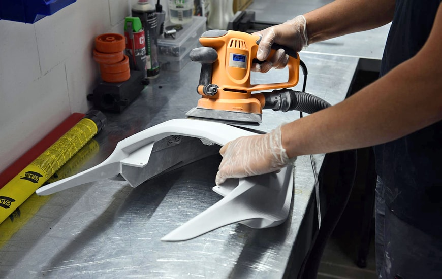 ZORTRAX Sanding of a Part of the Motorcycle