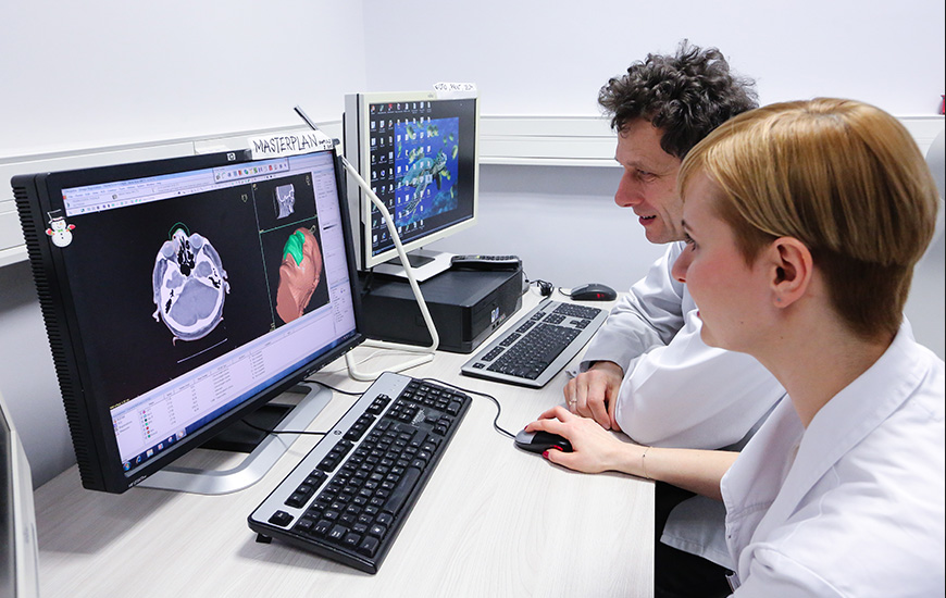 ZORTRAX Doctors Preparing Model of the Bolus
