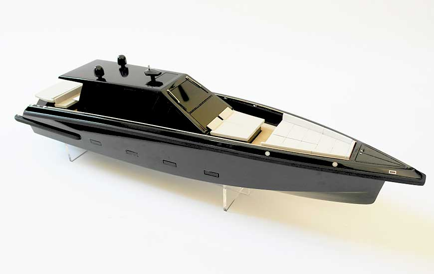 ZORTRAX 3D printed yacht miniature